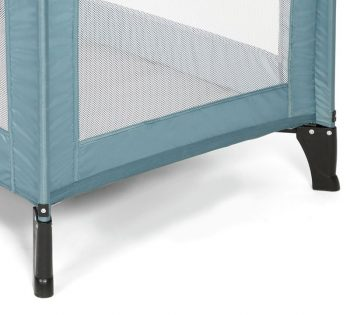 mamas and papas classic travel cot feet
