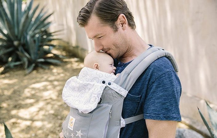 Dad with baby in Ergobaby bundle of Joy Baby Carrier