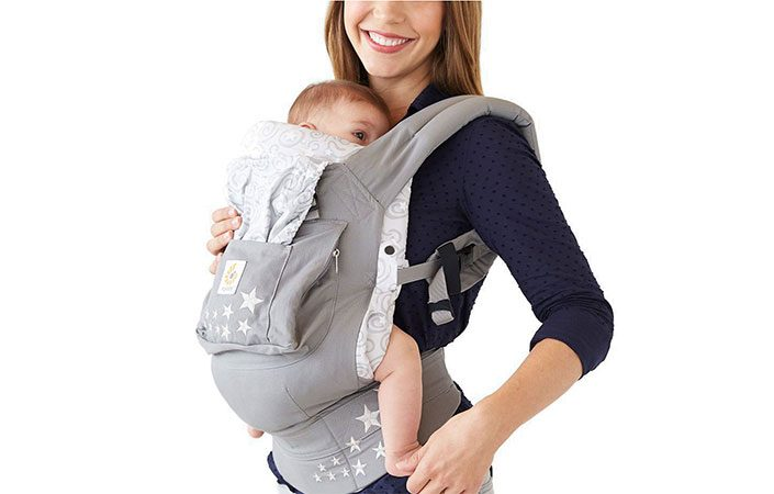 Mum carrying baby in Ergobaby Baby Carrier